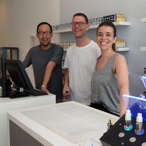 Team LIBACCO im E-Zigaretten Shop in Köln Lindenthal
